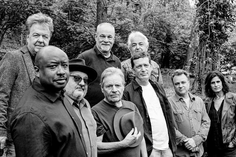 Delbert McClinton and Self-Made Men + Dana - If I Hock My